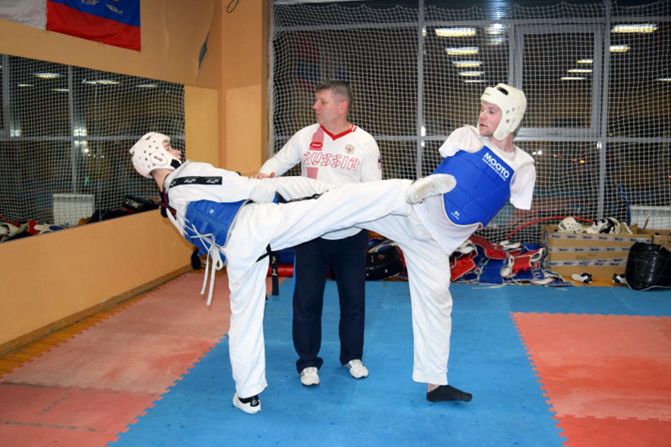«Вымпел» помог паралимпийцу Валерию Базину